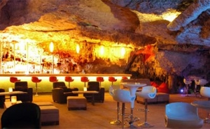 Los Aluxes Cave restaurant and bar Cancun